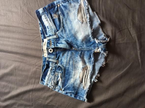 Spodenki Spodenki jeans marmurek przetarcia XS na S