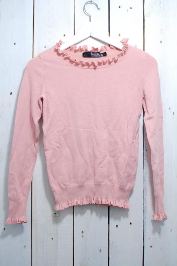 bluzka sweterek brudny róż z falbankami