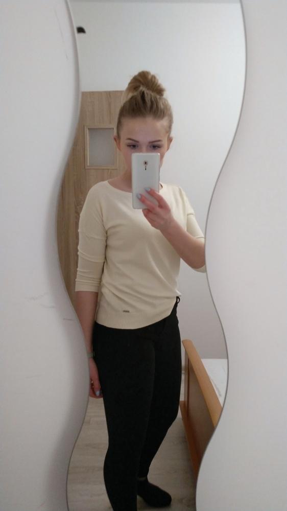 Zółty sweterek Mohito XS S
