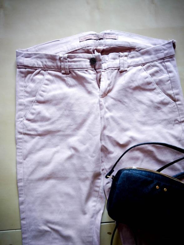 Spodnie długie Bershka rozmiar 34...