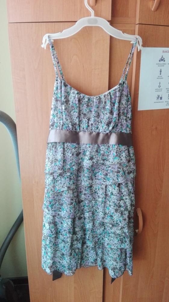 Sukienka w kwiatki Orsay