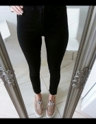 Czarne spodnie rurki NOWE z metką...