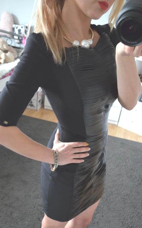 sukienka czarna mini skórka dluzy zip