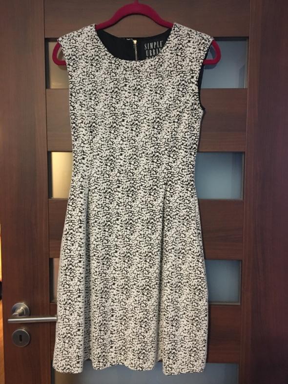 f5a0253db8 Sukienka Simple rozmiar 36 stan idealny w Suknie i sukienki - Szafa.pl