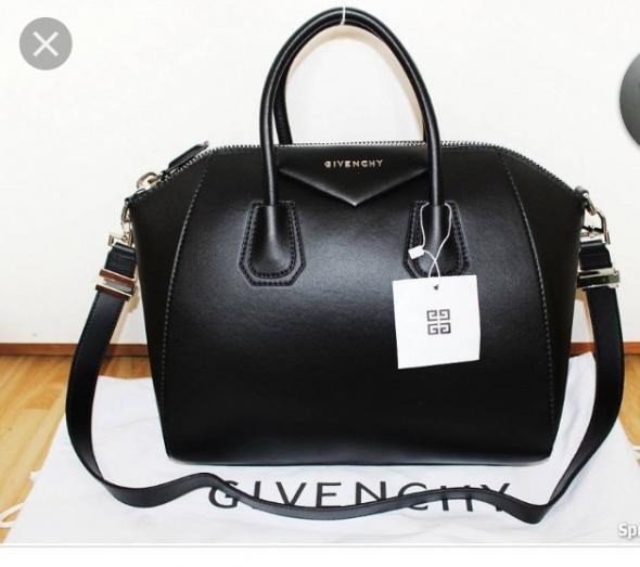Torebka czarna Givenchy...