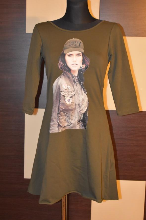 Suknie i sukienki Nowa sukienka efektowne plecy nowa M