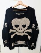 Czarny sweter czaszka czaszki oversize dłuższy tył...