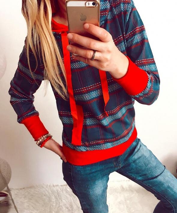 Bluza Damska z kapturem w kratkę M