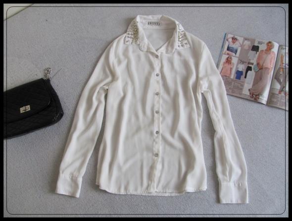 Koszula mgiełka biała rozmiar M i L stan idealny