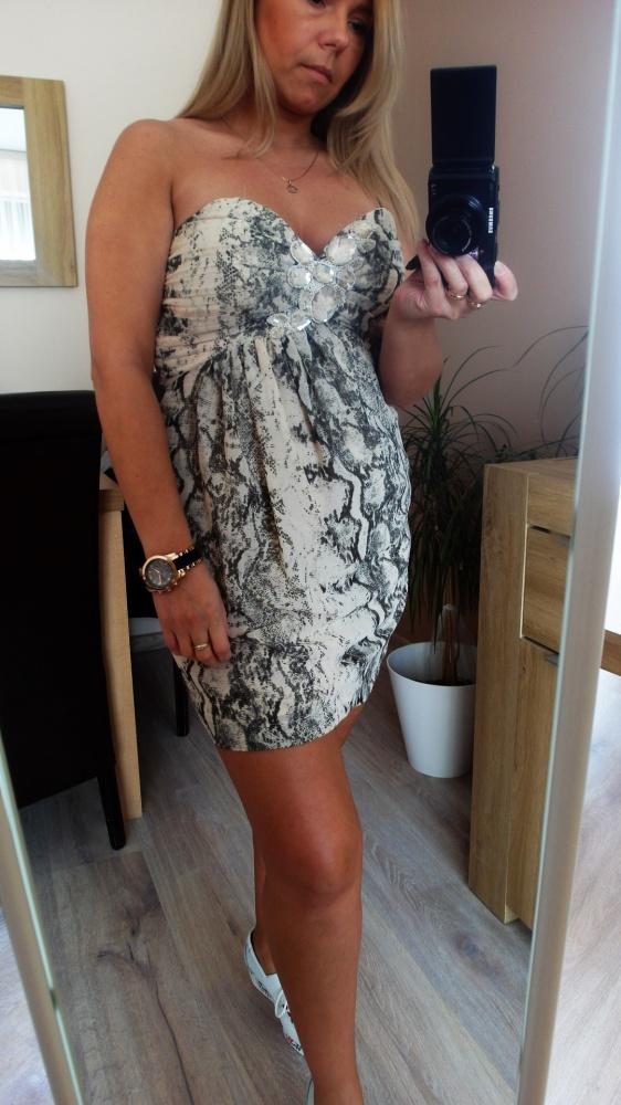 Ładna sukienka