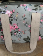 Nowa torebka w kwiaty deichmann...