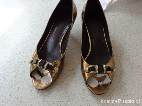 złote buty...