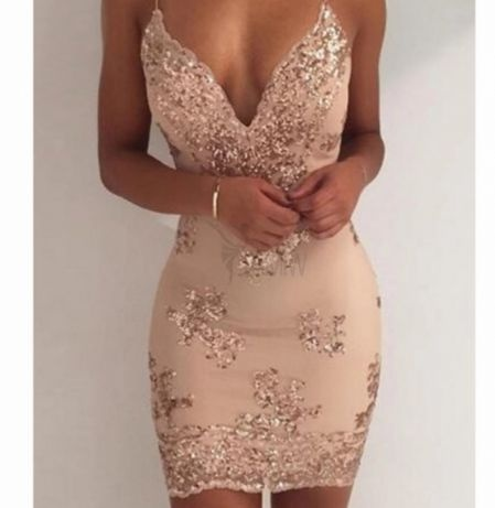 Sukienka w cekiny...