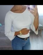 Biała bluzka basic boho prążkowana szerokie rękawy S...
