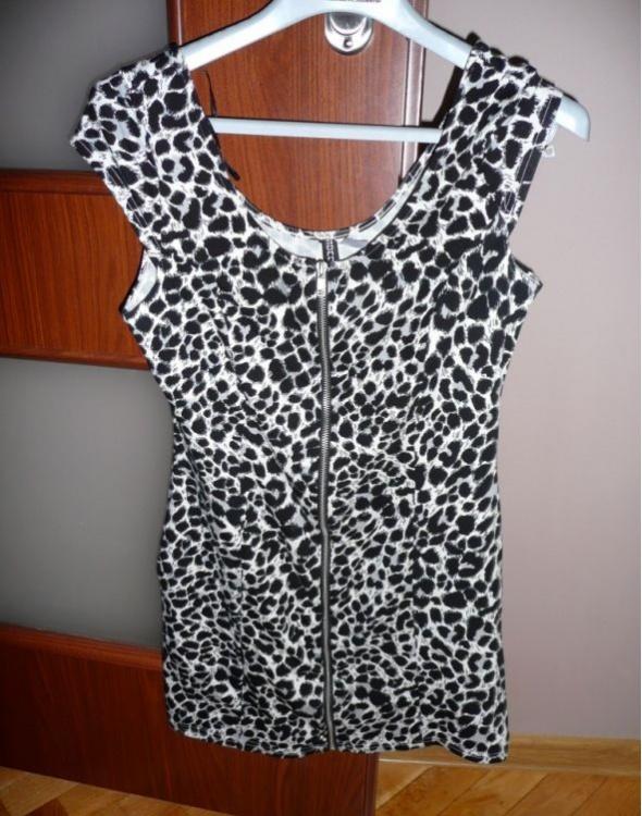 Sukienka H&M GRATIS TRZECIA RZECZ