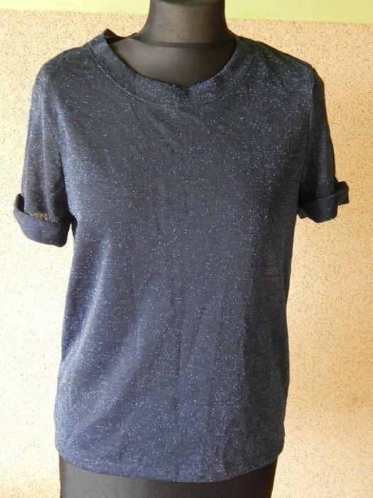 bluzeczka przeszyta połyskująca nitką