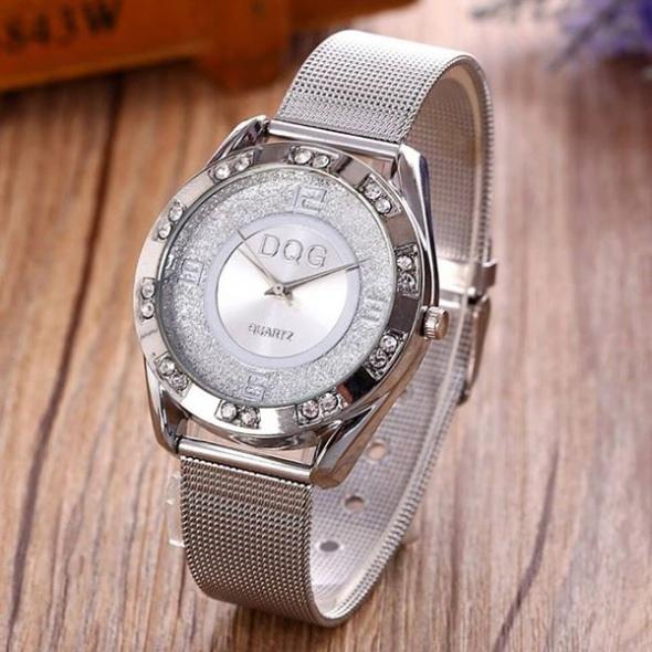 Zegarek damski z cyrkoniami