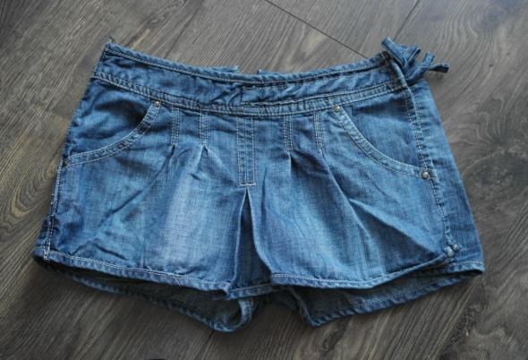 Superowe spódnico spodenki z jeansu 134 140