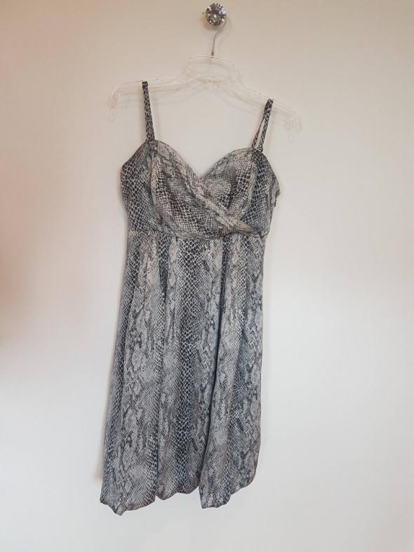 Sukienka skóra węża...