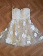Piękna sukienka rozkloszowana powiewna rozmiar 38...