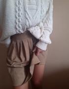 Super spódniczka jesienna Zara z zakładkami...