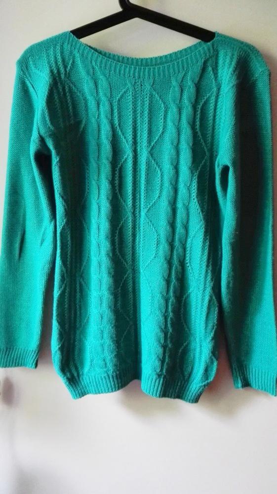 Zielony sweterek