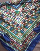 Apaszka w aztecki wzór