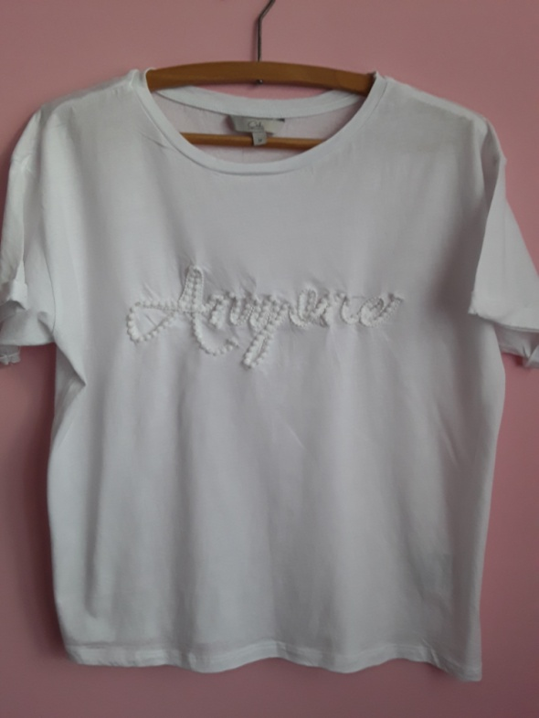 T shirt z ciekawym napisem