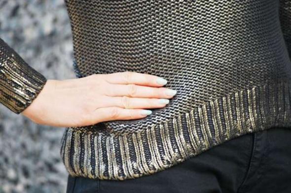 HM poszukiwany metaliczny sweter xxs xs złoto