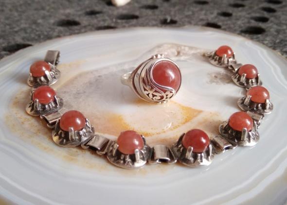 Pierścionek bransoletka Warmet różowy chalcedon