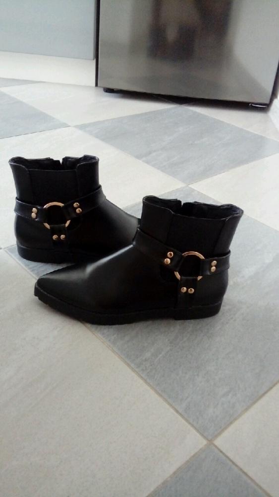 Czarne classic botki