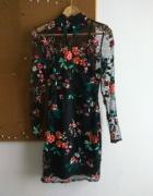 Przepiękna koronkowa sukienka Missguided M...