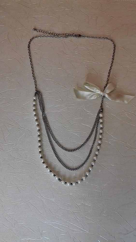 Elegancki naszyjnik perły i kokardka