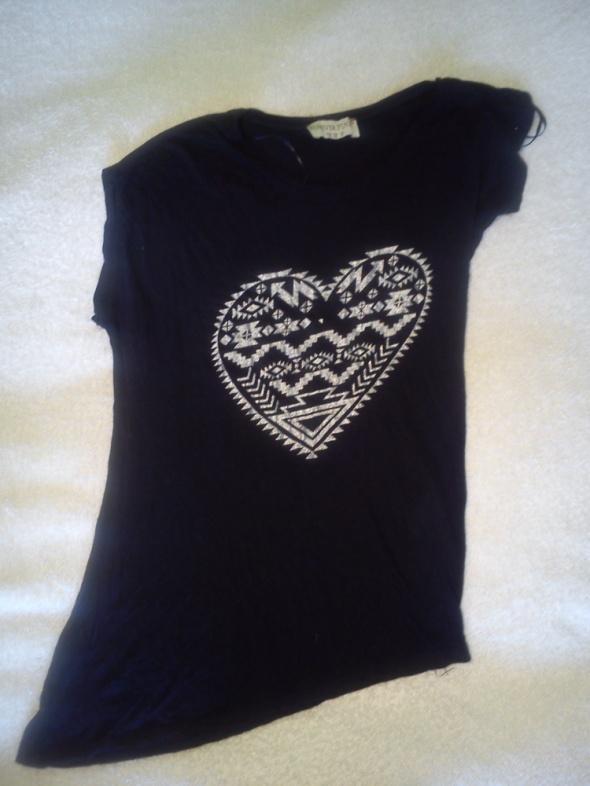Czarna asymetryczna koszulka...