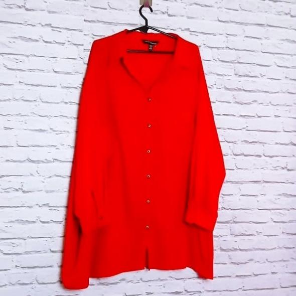 Czerwona kobieca elegancka koszula guziczki plus size