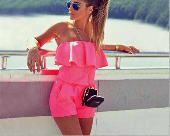 Neonowy różowy kombinezon hiszpanka
