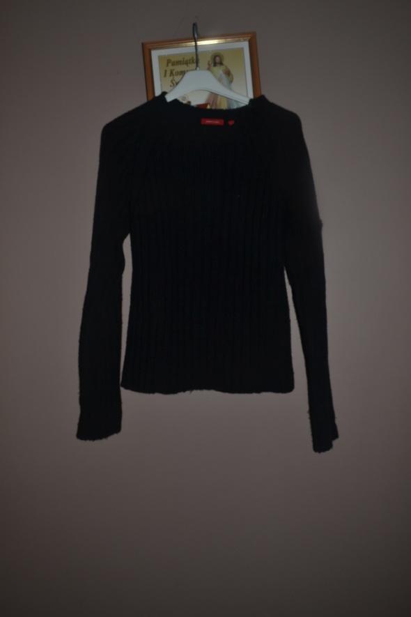 Sweterek czarny 140cm 146cm 152cm 158cm