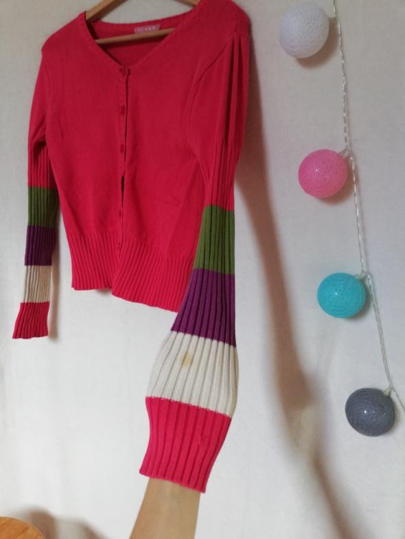 różowy sweter dziecięcy...
