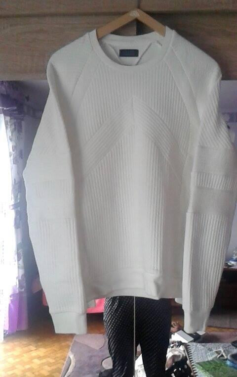 biała bluza zara man