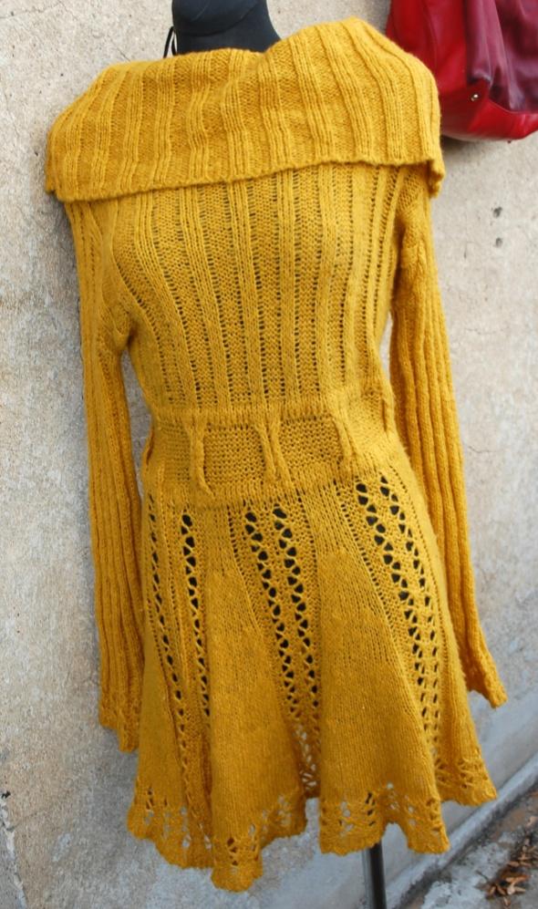 musztardowa dzianinowa ciepla sukienka S M z UK