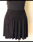 czarna rozkloszowana spódnica H&M...