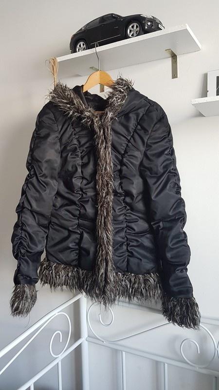 APART kurtka zimowa futerko taliowana marszczenia kaptur...