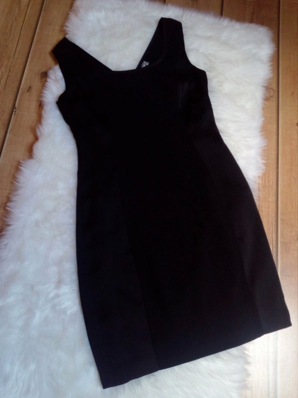 Sukienka 12...
