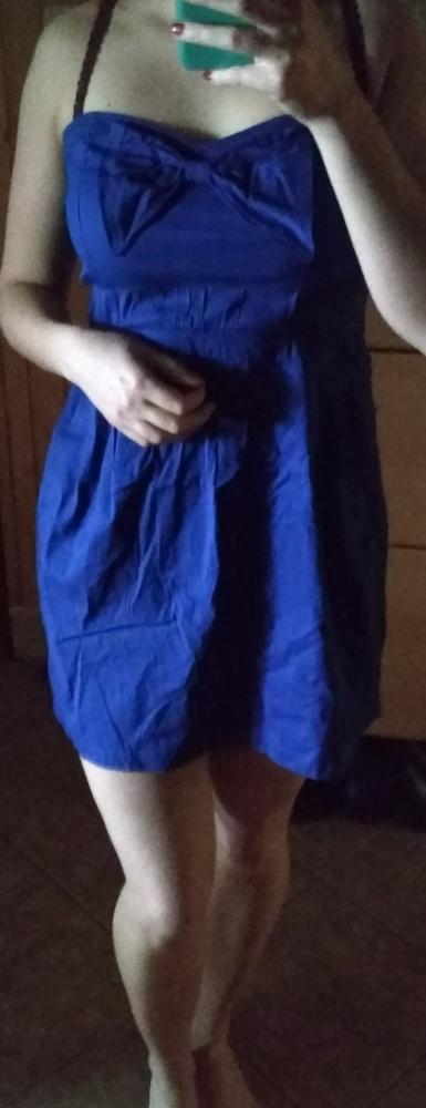 Sukienka kobaltowa z kokardą rozkloszowana bershka...