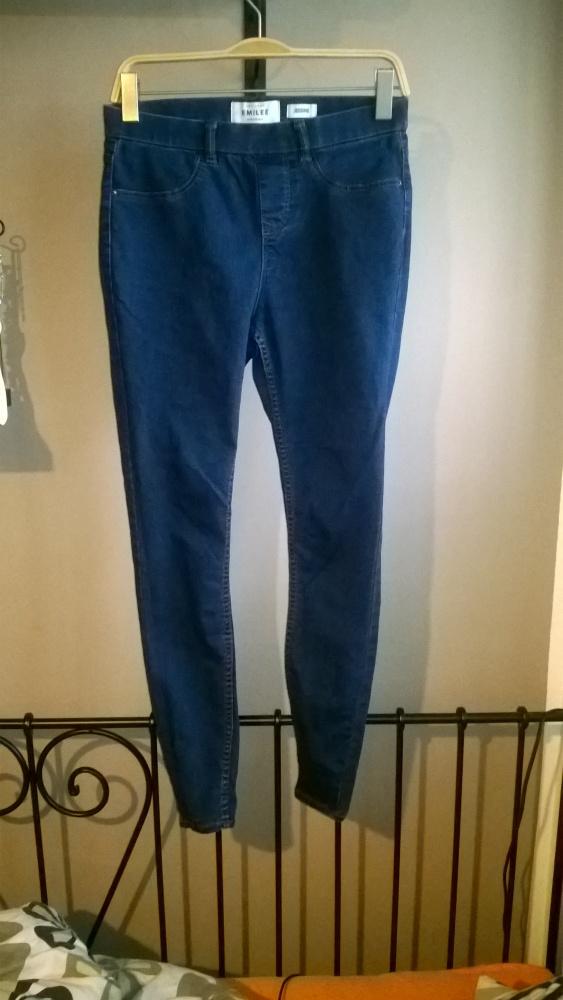 Jegginsy jeansy wygodne L 40 CA...