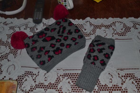 Sinsay Czapka i rękawiczki bez palców Uniwersalny...
