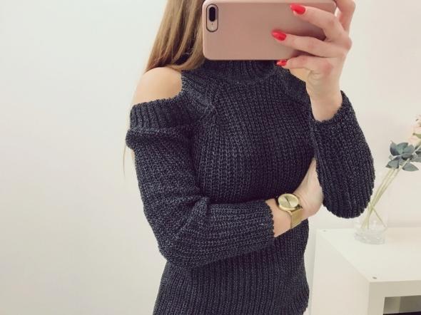 sweater cut odkryte ramiona scary pleciony blog Insta Tumblr