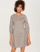 sukienka w kratkę Reserved