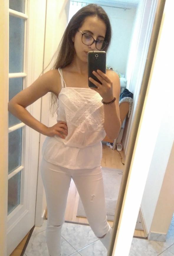 Biała bluzeczka na ramiączkach TRF ZARA
