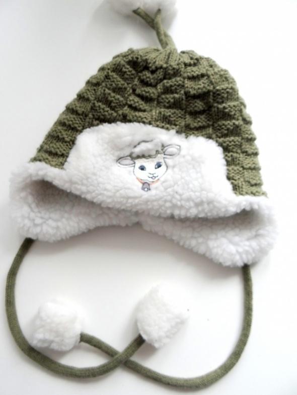 Bardzo ciepła zimowa czapka na uszy